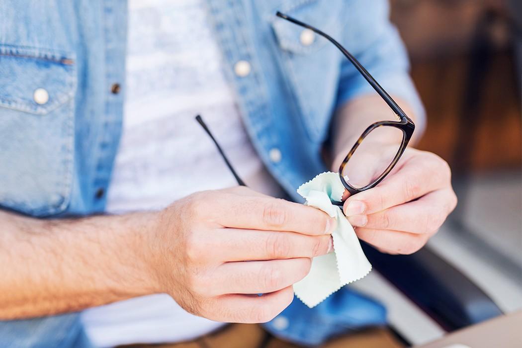 Gözlük Nasıl Temizlenir?